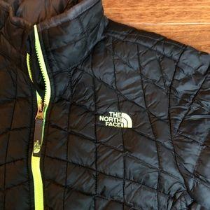 Boys Size Large (14/16) NorthFace Coat